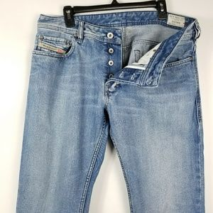 Diesel mens jeans made in Italy Zanity light wash